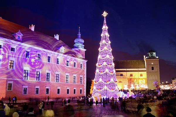 Architecture Photograph - Christmas Tree In Warsaw Old Town by Artur Bogacki