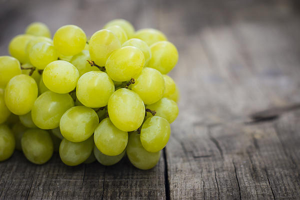 Grapes Photograph - Fresh Green Grapes by Aged Pixel