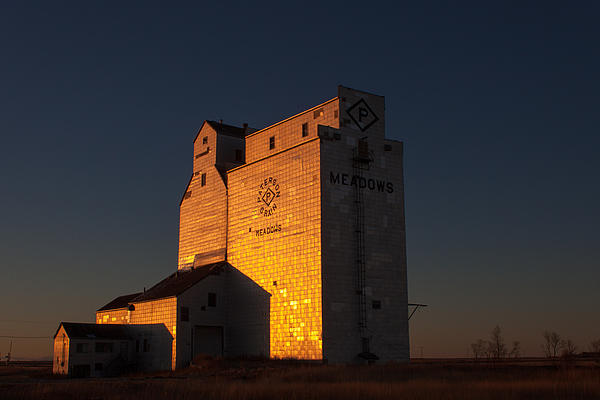 Confessions of a train geek grain elevator at meadows Homes with elevators for sale