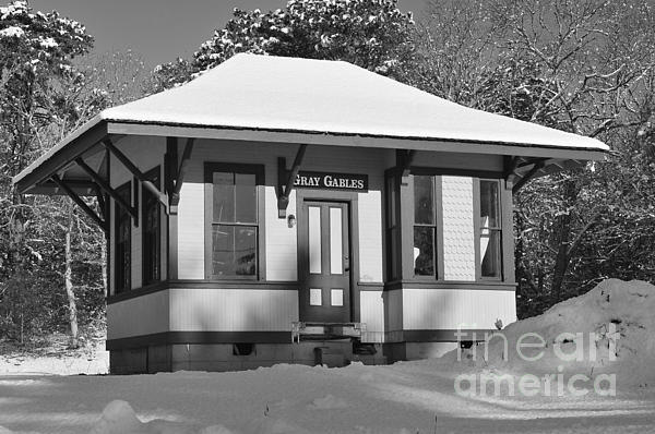 Gray Gables Photograph - Gray Gables Train Station by Catherine Reusch  Daley