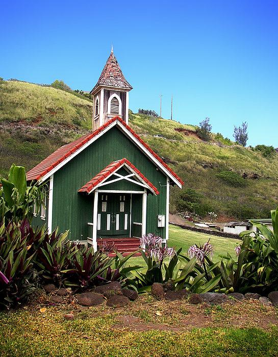 Glenn McCarthy Art and Photography - Kahakuloa Church - Maui