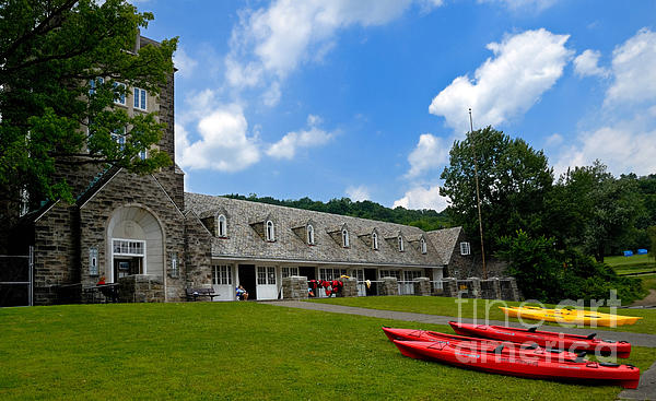 2 Seat Photograph - Kayaks At Boat House by Amy Cicconi
