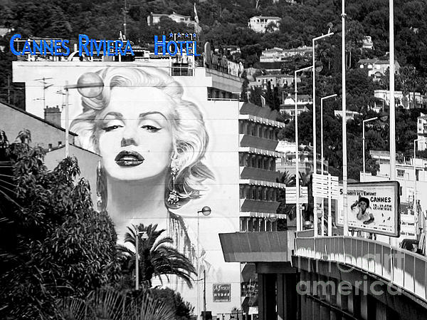 Marilyn In Cannes Photograph  - Marilyn In Cannes Fine Art Print