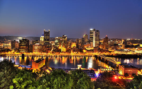 Pittsburgh Photograph - Pittsburgh Skyline At Night by Shawn Everhart