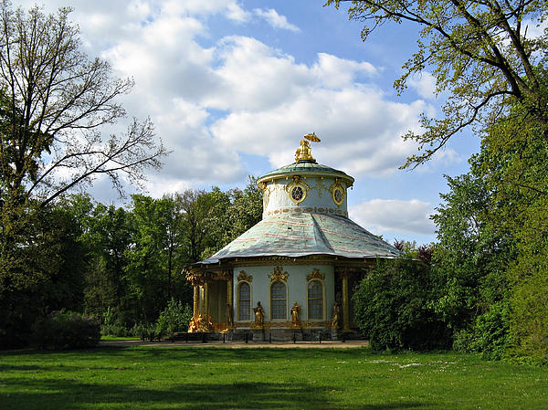 Europe Photograph - Potsdam The Chinese House by Kiril Stanchev