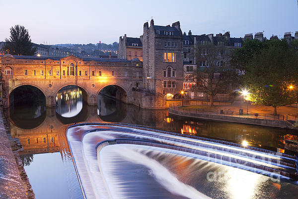 Architecture Photograph - Pulteney Bridge And Weir Bath by Colin and Linda McKie