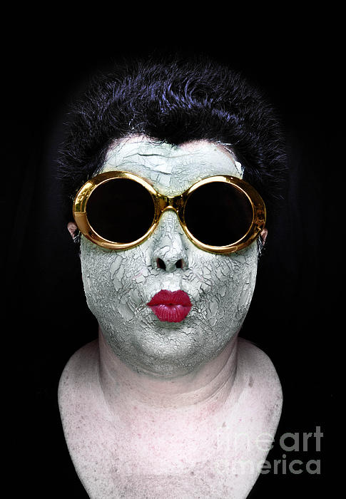 Beaty Photograph - She Couldnt Achieve Her Glam Looks Without A Battery Of Beauty  by Amy Cicconi