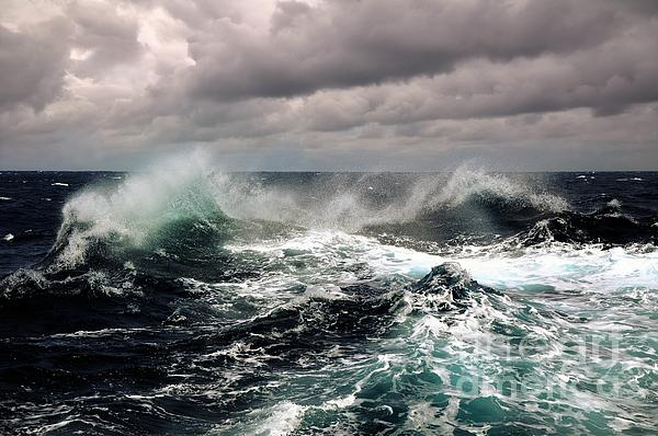 Storm Wave Photograph - Storm Wave by Boon Mee