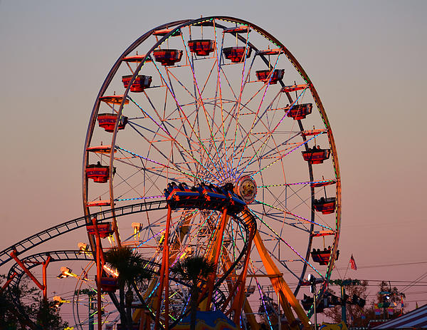 State Fair Rides Photograph - Sunset At The Fair by David Lee Thompson