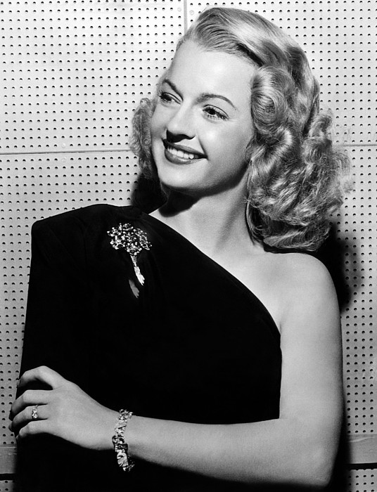 1940s Portraits Photograph - Dale Evans 1912-2001, American Actress by Everett