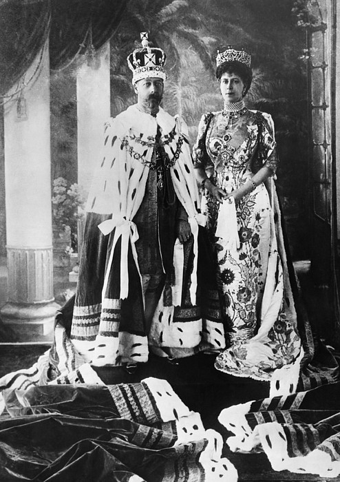 1920s Photograph - British Royalty. King George V by Everett