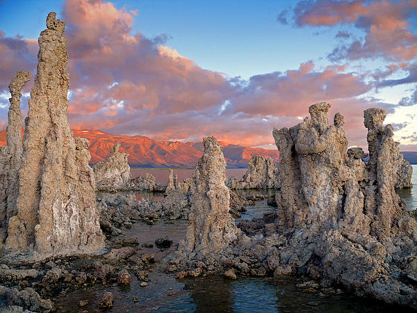 Dave Storym - Alpenglow at Mono Lake