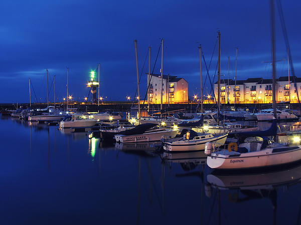 Paul and Fe Photography Messenger - Ardrossan Marina