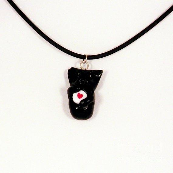 Black Cat Hugging Valentine Necklace Jewelry