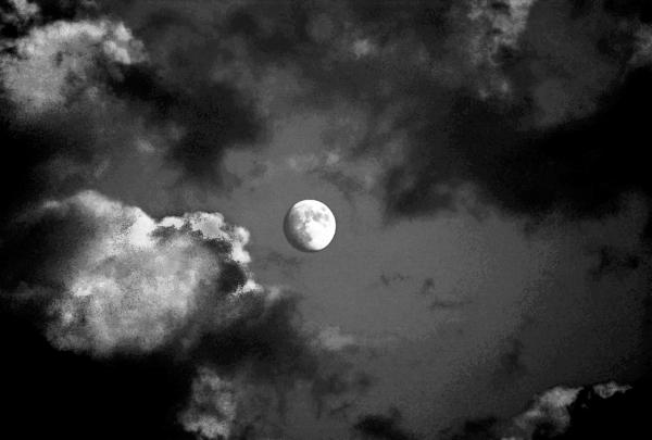 sky photographs, moon photographs, night photographs, black and white clouds