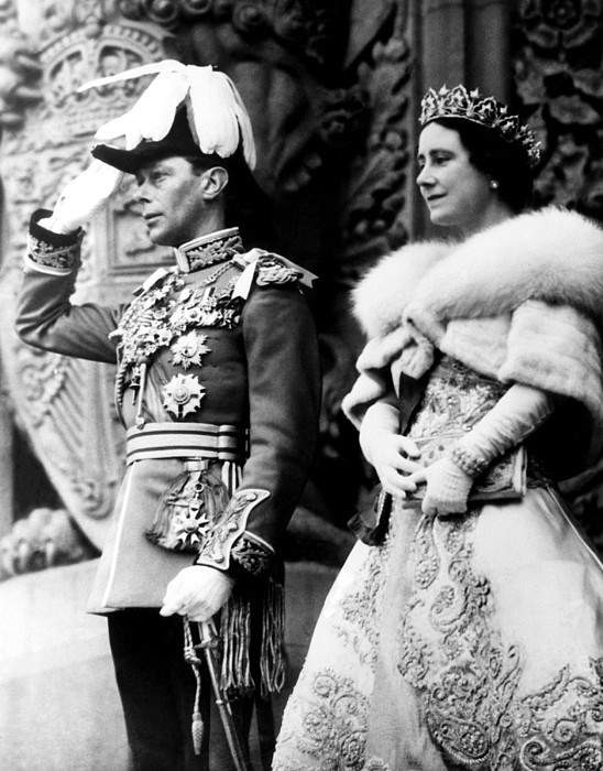 1930s Candid Photograph - King George Vi, Queen Elizabeth by Everett