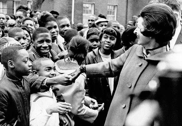History Photograph - Lady Bird Johnson Greets African by Everett