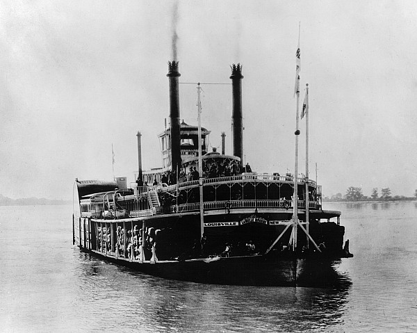 1898 Photograph - Mississippi Steamboat, 1926 by Granger