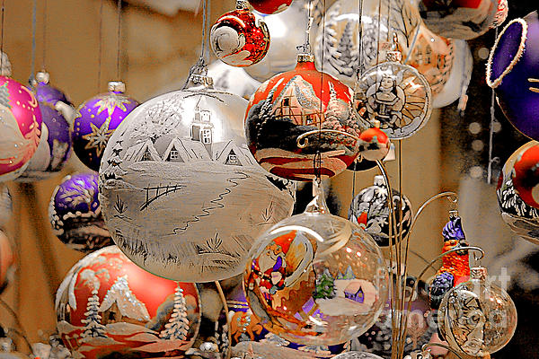 Christine Till - Mouth-blown hand painted Christmas Ornaments