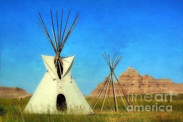 Teresa Zieba - Tepee in Badlands