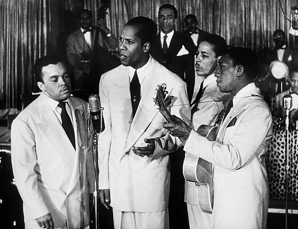 1945 Photograph - The Ink Spots, C1945 by Granger