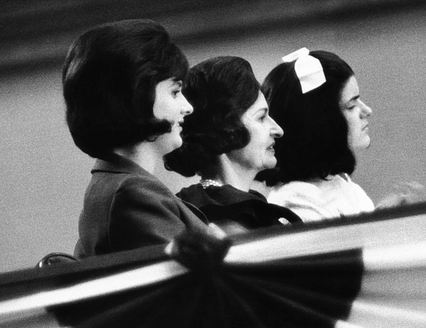 History Photograph - The Lbj Ladies At The 1964 National by Everett