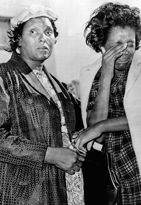 History Photograph - Two African American Women Stand by Everett