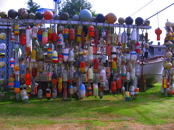 Kym Backland - Wall of Floats