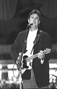 Blue-eyed Soul Prints - Vince Gill Print by Front Row  Photographs