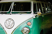 Bus Photo Framed Prints - 1964 Volkswagen VW Samba 21 Window Bus Framed Print by Jill Reger