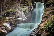 Dingmans Falls Photos - Dingmans Falls by Jahred Klahre