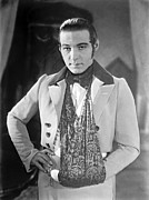 Rudolph Framed Prints - Actor Rudolph Valentino 1925 Framed Print by Padre Art