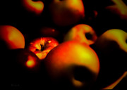 Soft Focus Art - Bowl Of Apples by Bob Orsillo