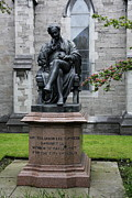 Bronce Metal Prints - Bronze statue of Sir Benjamin Lee Guinness  Metal Print by Christiane Schulze