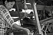 RicardMN Photography - Burmese woman working with a handloom...