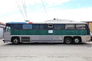 Buses Photos - Classic Retro Greyhound Bus 5D25256 by Wingsdomain Art and Photography