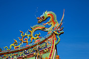 Fototrav Print - Dragon statue on traditional Taoist...