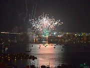 Jeff at JSJ Photography - Fireworks at Night for the 4th of July over Fort Walton Beach from 14th Floor Balcony