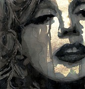 Paul Lovering - Golden Goddess