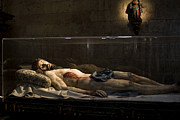 True Cross Art - Jesus the Macabre by Lorraine Devon Wilke