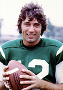 Jets Photo Metal Prints - Joe Namath Portrait Poster Metal Print by Sanely Great