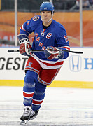 Hockey Photos - Mark Messier In Action by Sanely Great