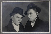 Andrzej Goszcz - My FATHER with good friend .1945.