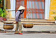 Fototrav Print - Old woman in Hoi An Vietnam
