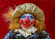 Clown Sculpture Framed Prints - Peaches Is Ready For Her Close Up Mr DeMille Framed Print by David Wiles