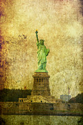 Color Symbolism Metal Prints - Statue Of Liberty Metal Print by Garry Gay