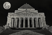 Kim Andelkovic - Super Moon behind Shrine of Remembrance
