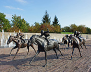 Keeneland Framed Prints - Thoroughbred Park Framed Print by Roger Potts