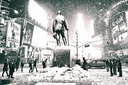 Vivienne Gucwa - Times Square in the Snow - New York City