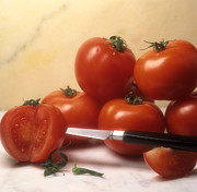 Bernard Jaubert - Tomatoes and a knife
